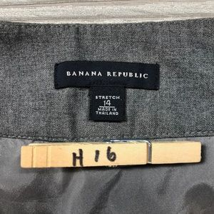 Banana Republic Skirts - Banana Republic Button Pencil Skirt Women's 14 H16